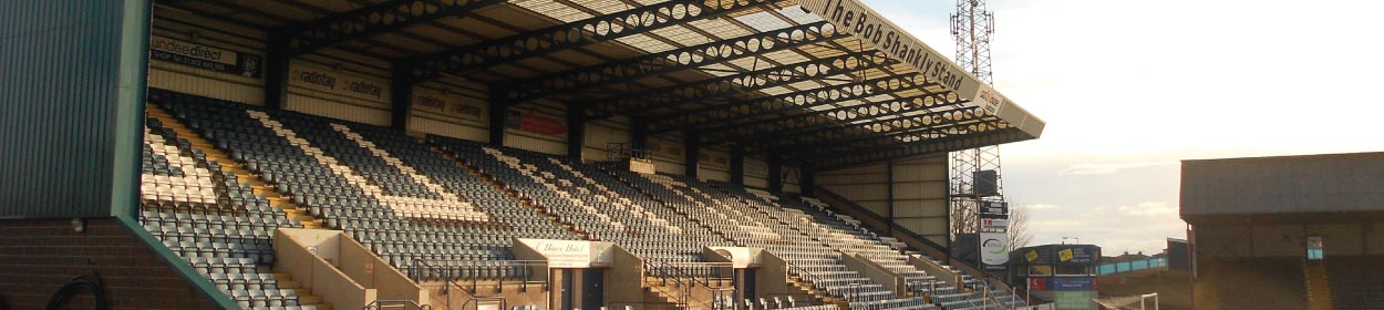 stadium where Dundee play football in the Scottish Premier League